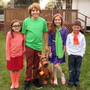 diy scooby costumes