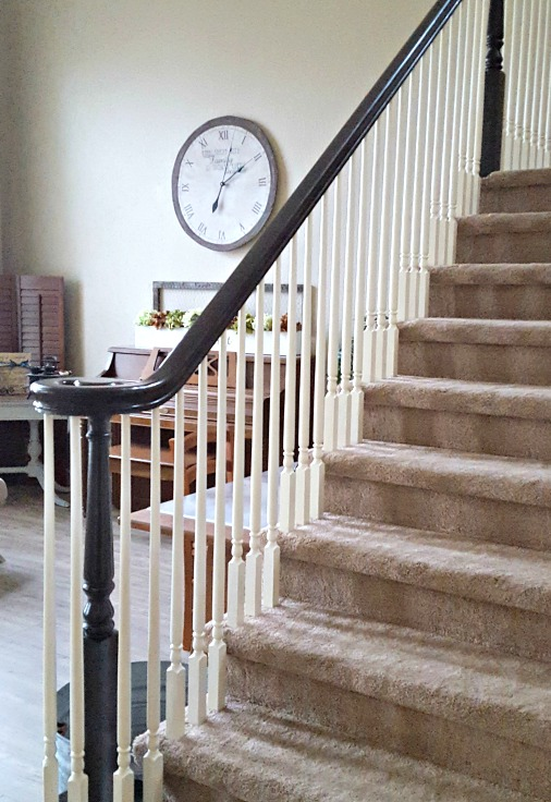 How to Refinish a Wood Banister