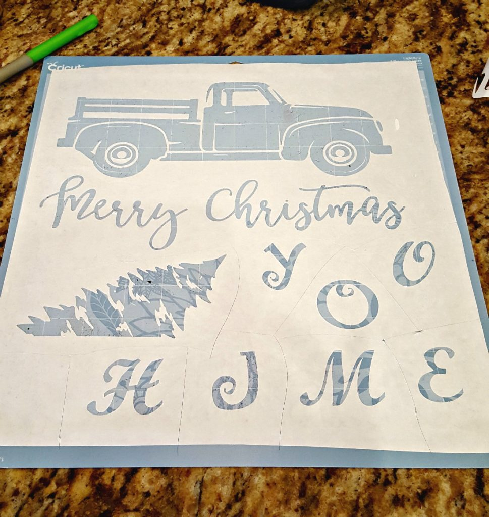 Learn How to Paint on Burlap with a Freezer Paper Stencil