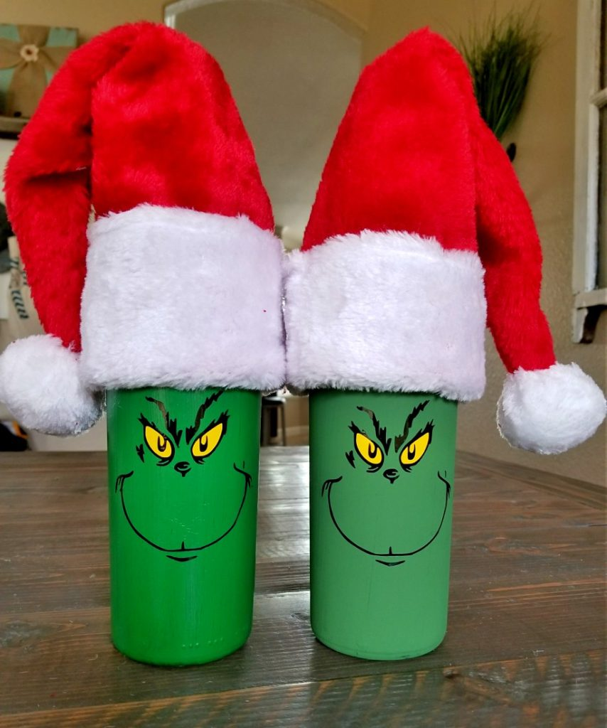 diy grinch wine bottle with Santa hat