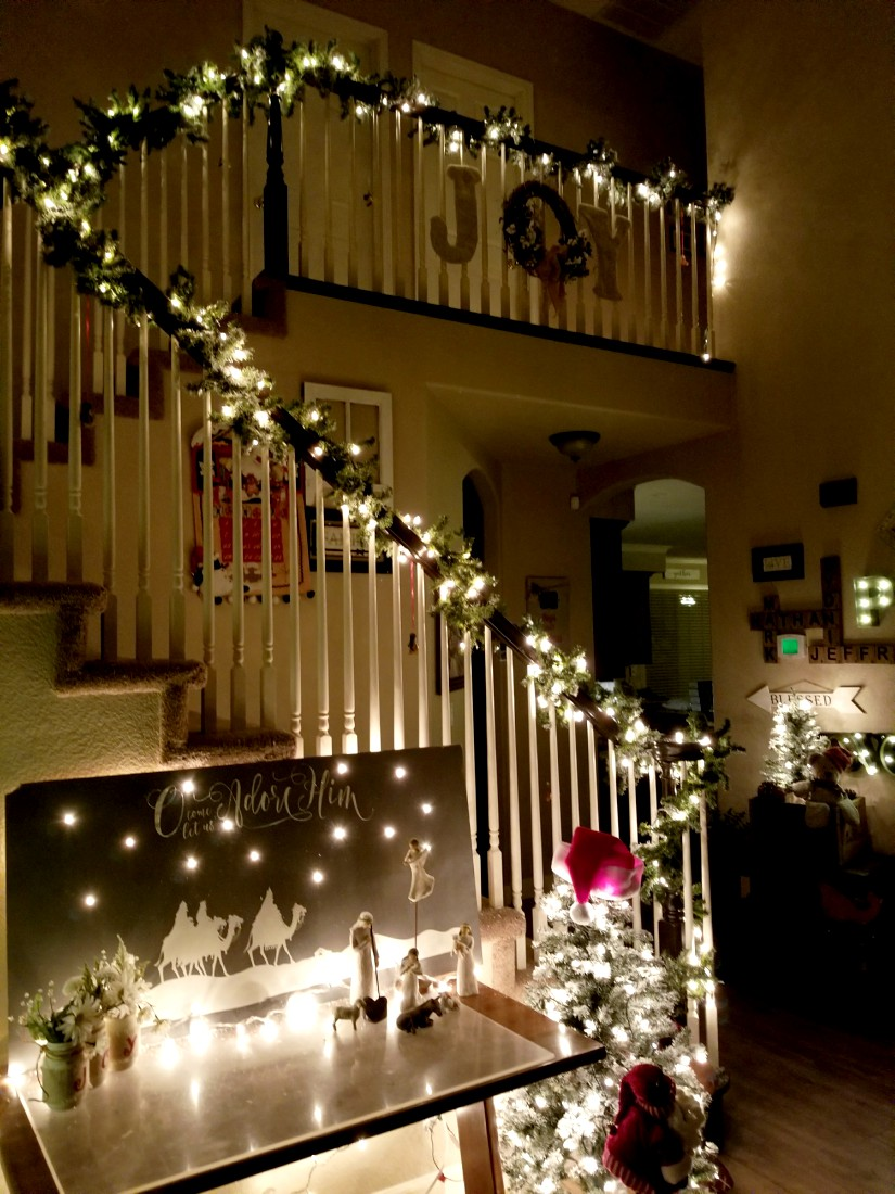 banister Christmas decorations