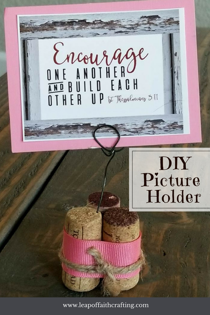 wire picture holder diy