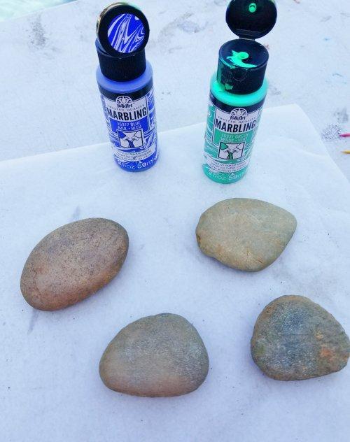 marbling rocks