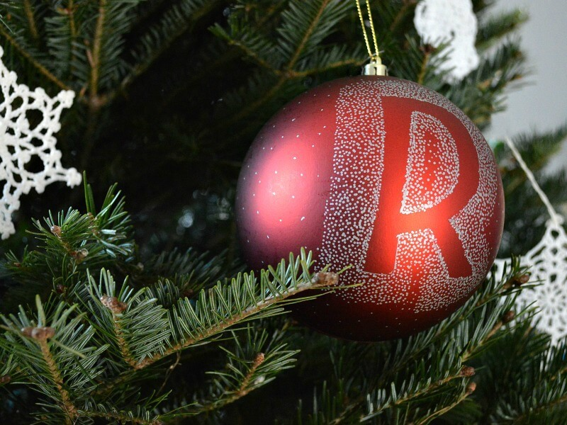 personalized christmas tree ornaments horiz