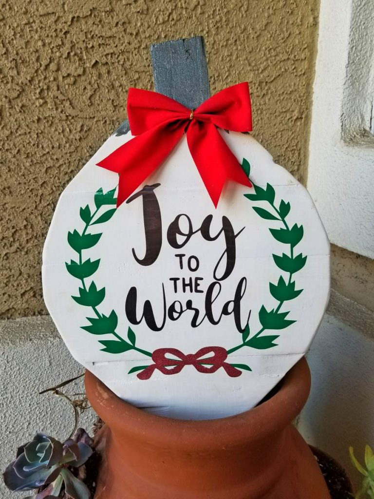 wood christmas ornaments with bow