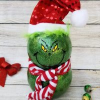 How to Make Glitter Grinch Decorations