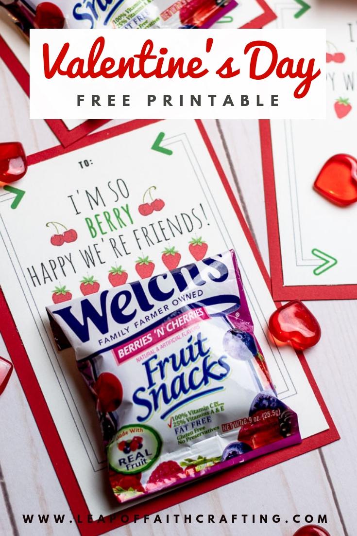Free Valentine's printable! Attach fruit snacks to them to make a cute allergy free valentine for classmates. #valentines #printables #valentineprintables #fruitsnacks #diyvalentine