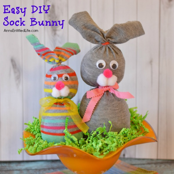 easy diy sock bunny square