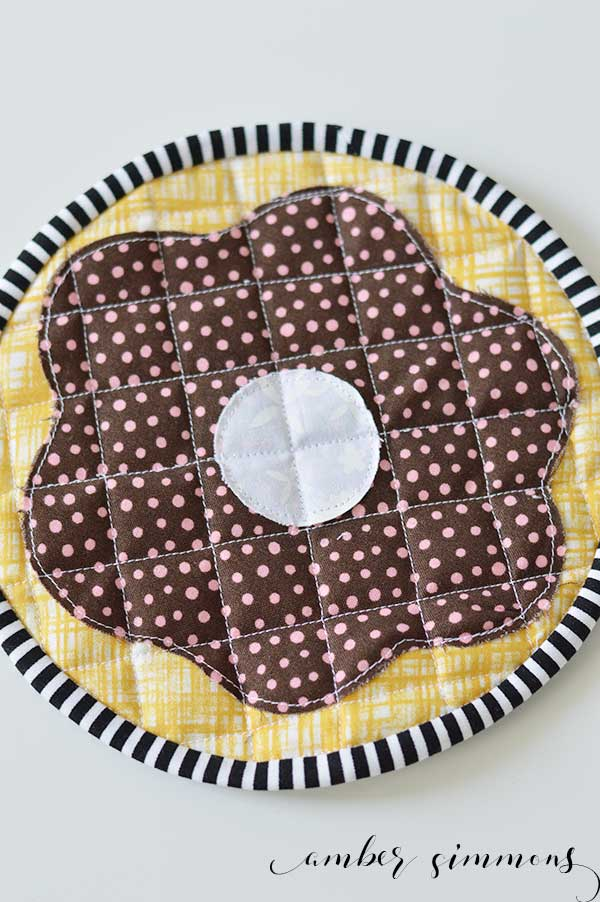 frosted donut hot pad with cricut maker pattern
