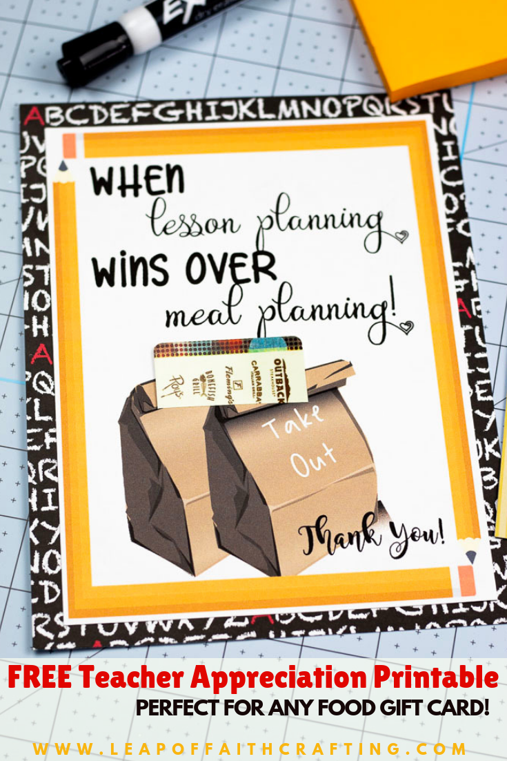 Gift card printable for teacher appreciation week. DIY teacher cards that you just need to attach a gift card too! #teachercards #teacherappreciation