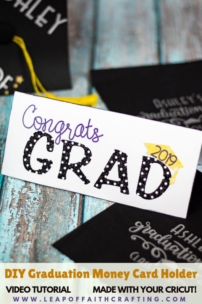 DIY graduation cards! Make handmade graduation cards with the help of a Cricut. Full step by step and video tutorial plus a link to file in Cricut Design #graduation #cards #cricut